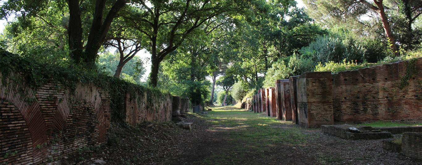 Visitare il parco archeologico di Claudio e Traiano