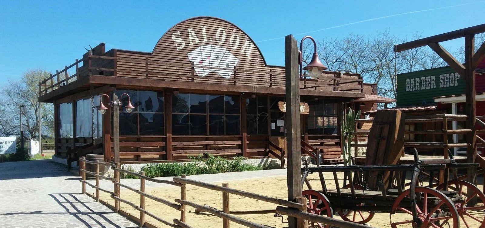 Ore 13:00 - Uno spuntino in un vero saloon del vecchio West!
